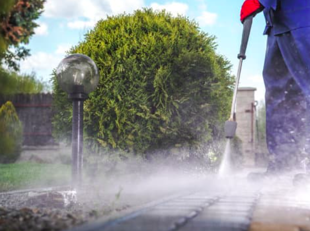 This is a picture of Rancho Murieta pressure washing services.